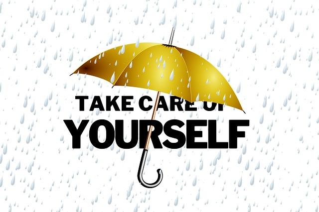 ombrello giallo per proteggere dalle avverstà